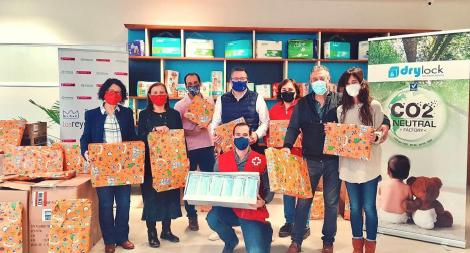 """Donación de juguetes y mascarillas para """"Cruz Roja Responde"""". Fuente: Cruz Roja Segovia."""